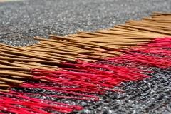 Self-made incense by Vietnamese people - Esmeralda Groen